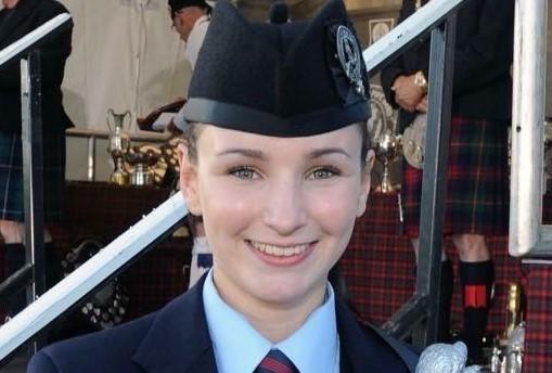 Emma Barr Profile Pic (1)